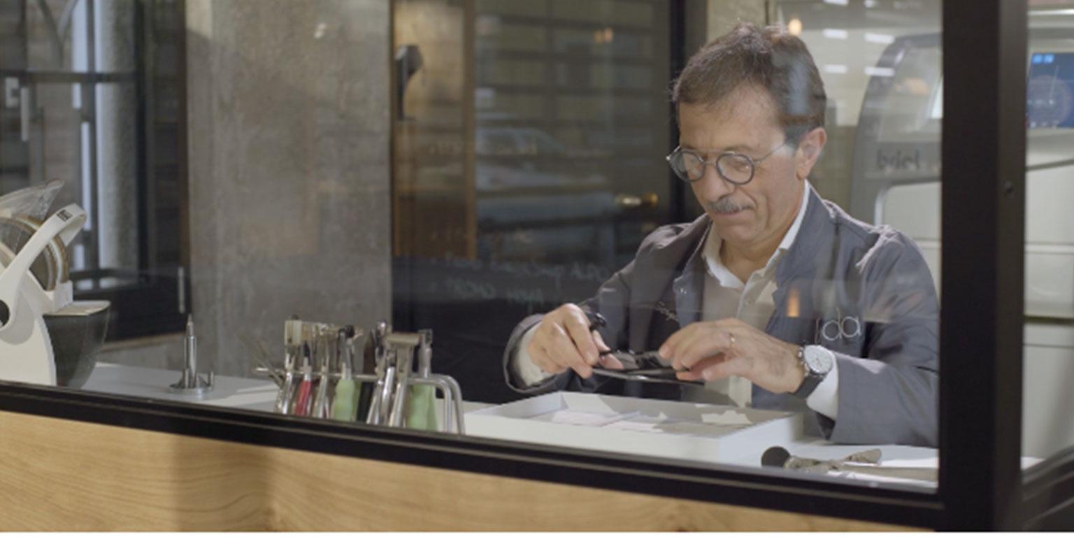 L'arte di realizzare occhiali